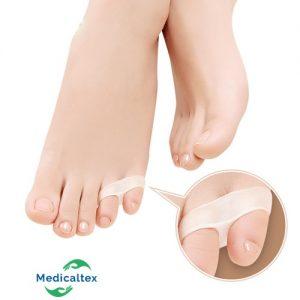 cuidado pies, separador dedos, juanete, pies saludables, protector dedos, dedo meñique, doble anillo